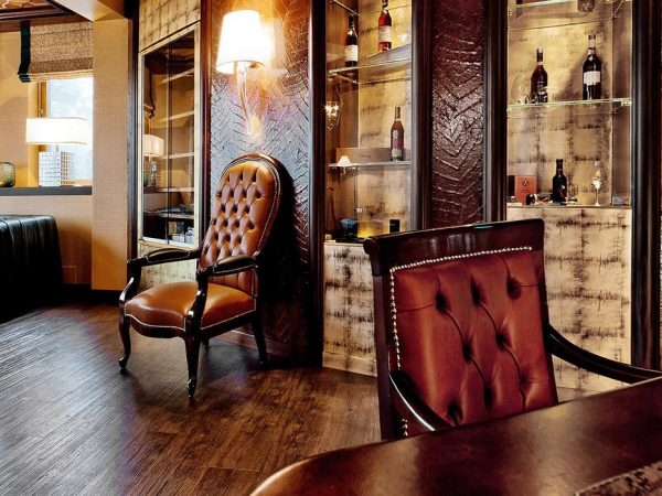 Tschuggen Grand Hotel Cigar Lounge