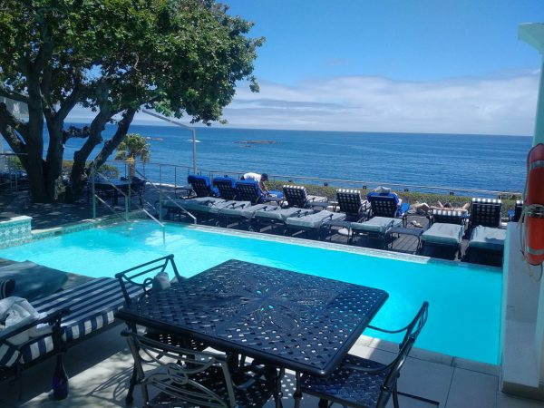 Twelve Apostles Hotel And Spa Pool