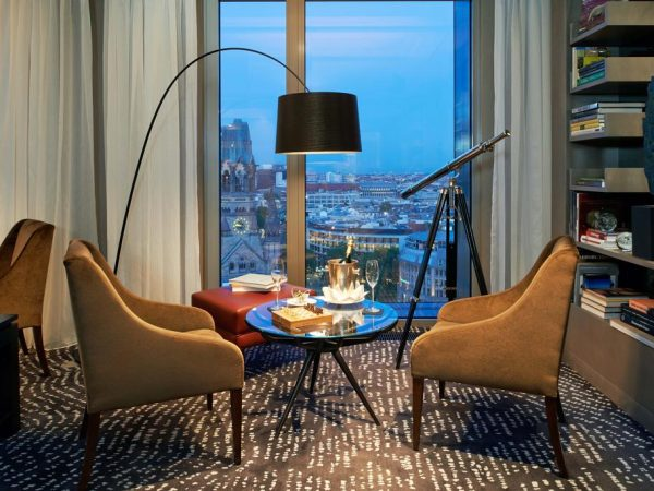 Waldorf Astoria Berlin King Grand Tower Suite