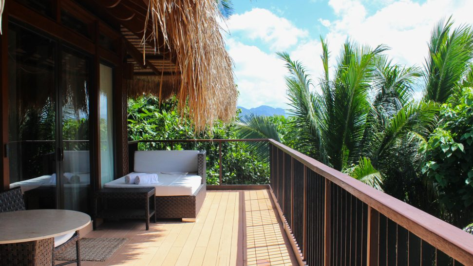 Pangulasian Island Resort Canopy Villa
