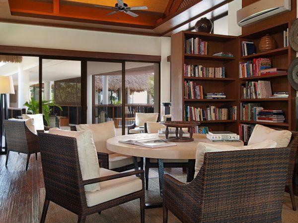 Pangulasian Island Resort Library