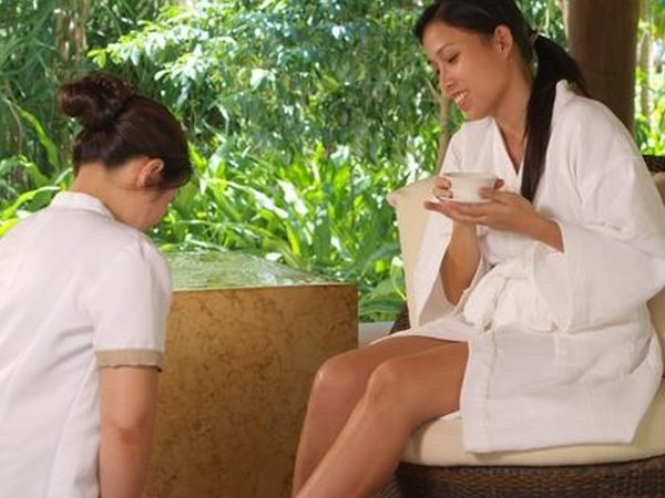 Pangulasian Island Resort Spa