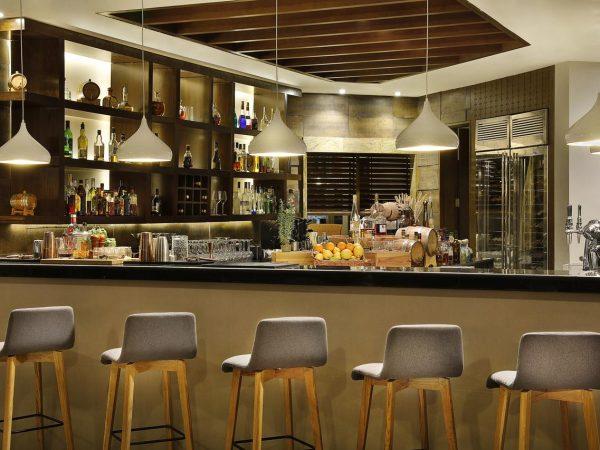 Al Bustan Palace A Ritz Carlton Hotel Bar