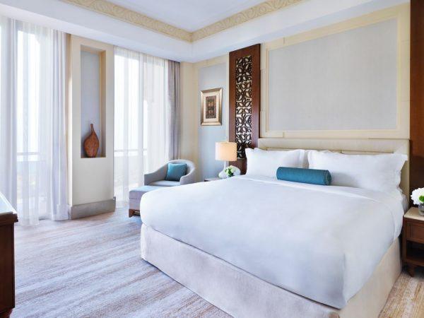 Al Bustan Palace A Ritz Carlton Hotel Executive Suite Mountain View