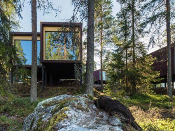 Arctic TreeHouse Hotel Exterior