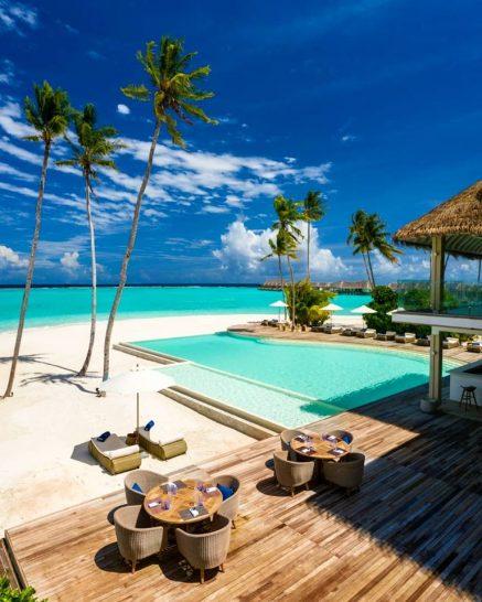 Baglioni Resort Maldives Pool Bar