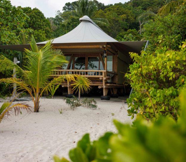 Bawah Reserve Beach Suite Exterior