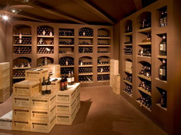 Borgo San Felice Wine Shop