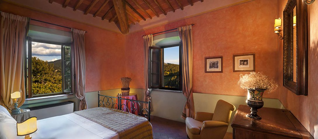Castello di Spaltenna superior Room