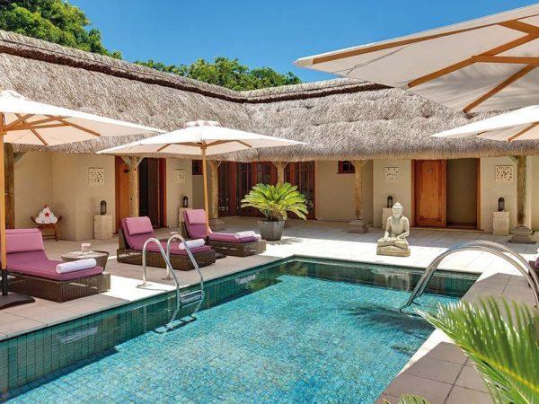 Constance Halaveli Maldives Pool