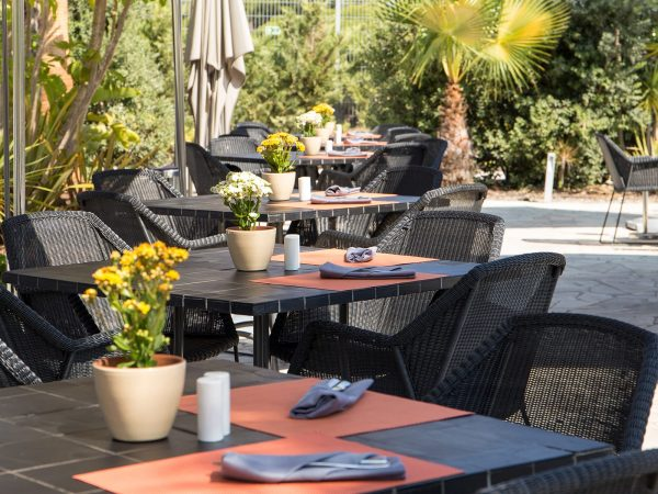 Conrad Algarve Dado Pool Restaurant