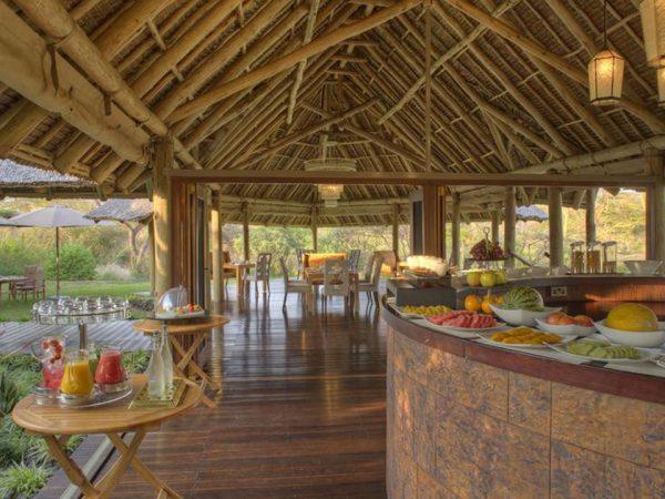 Finch Hattons Luxury Tented Camp Breakfast buffet