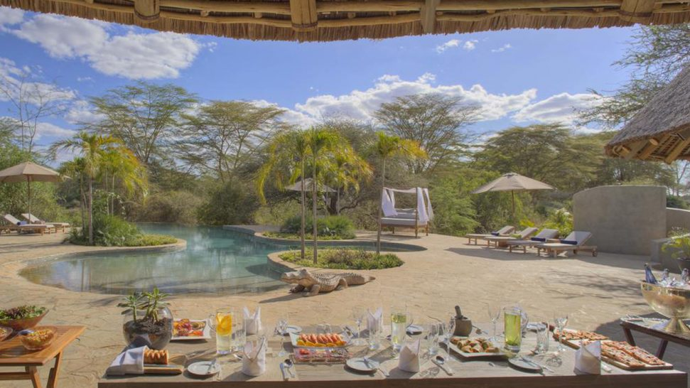 Finch Hattons Luxury Tented Camp Dining