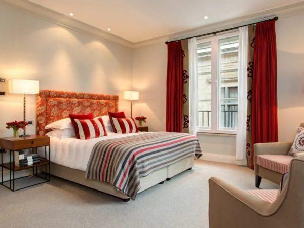 Hotel Amigo Deluxe Suite