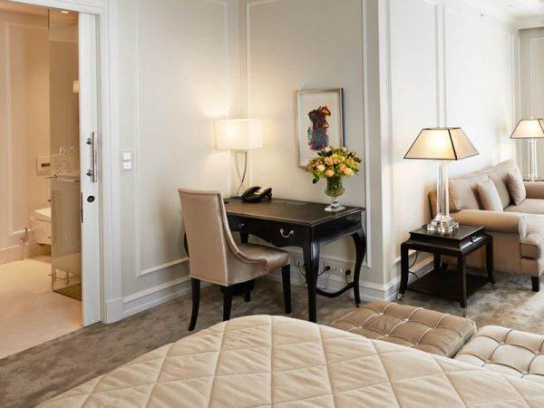 Hotel D'Angleterre Deluxe Junior Suite