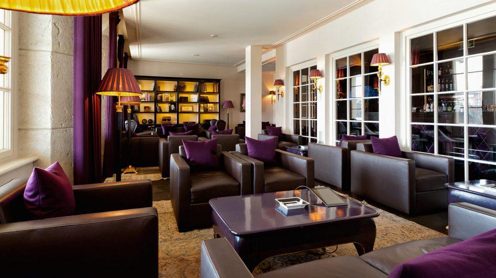 Hotel Les Trois Rois Salon du Cigare