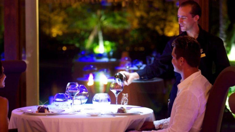 InterContinental Bora Bora Resort And Thalasso Spa South Beach Bar