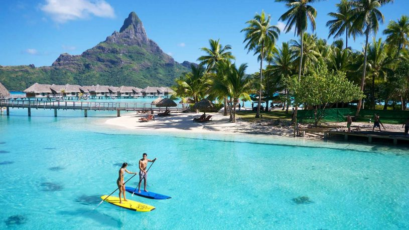 InterContinental Bora Bora Resort & Thalasso Spa,Paddleboarding