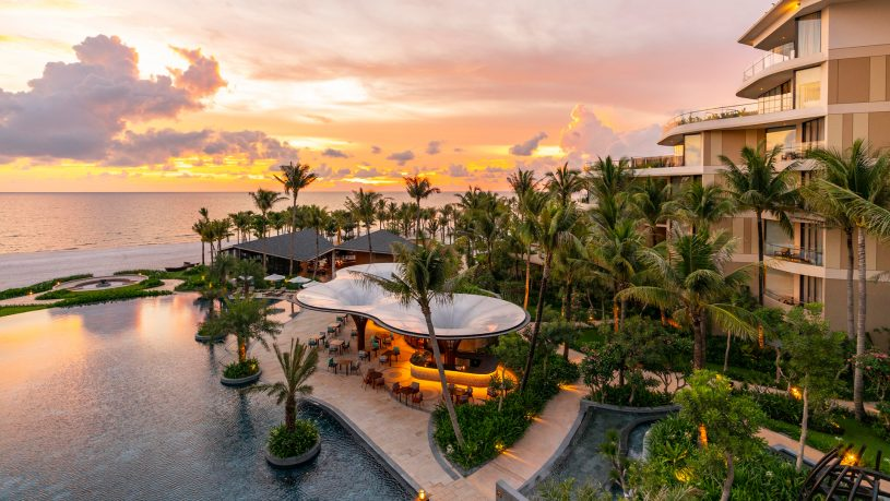 Intercontinental Phu Quoc Long Beach Resort Outer View