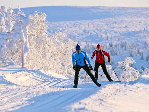 Kakslauttanen Arctic Resort Cross Country Skiing