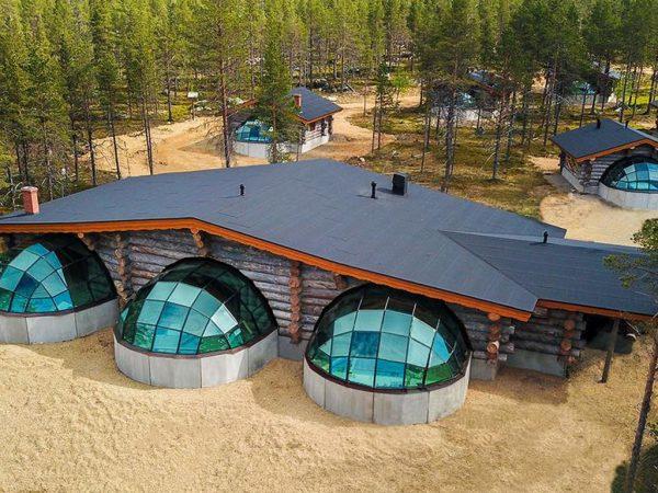Kakslauttanen Arctic Resort Lobby View