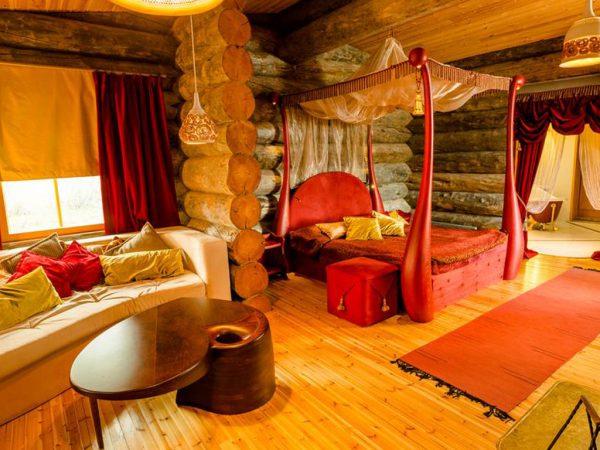 Kakslauttanen Arctic Resort Queen Suites