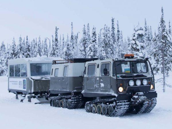 Kakslauttanen Arctic Resort Snow Tank Safari