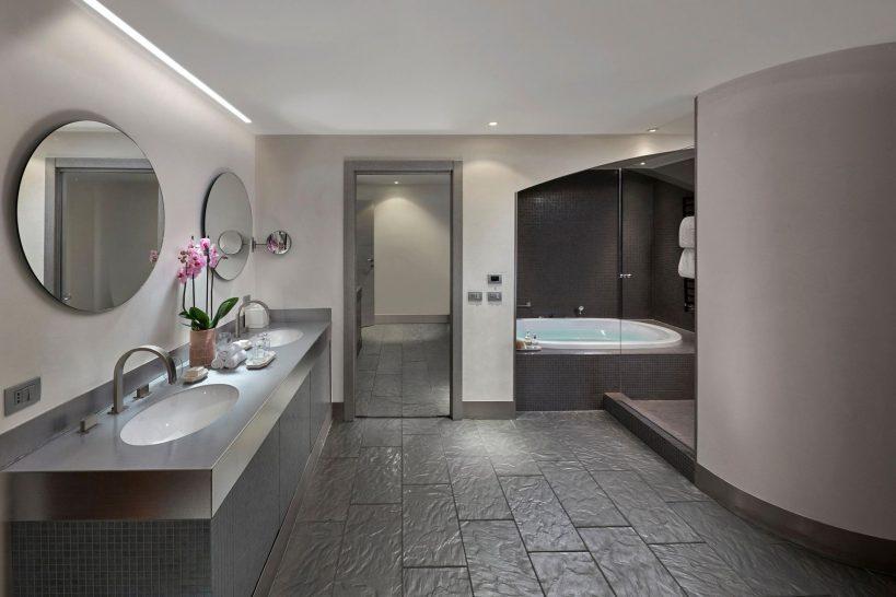 Mandarin Oriental Lago di Como Premier Suite Bathroom