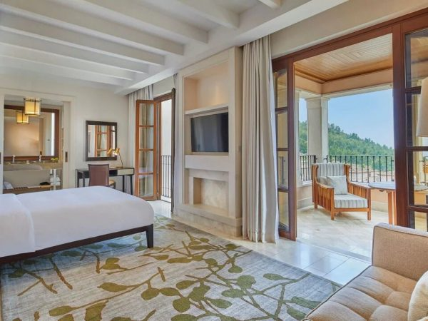 Park Hyatt Mallorca 1 King Bed Resort View