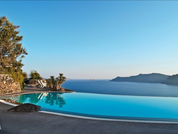 Perivolas Hotel Pool View