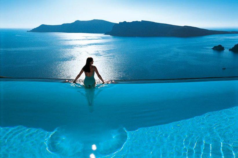 Perivolas Oia Santorini pool