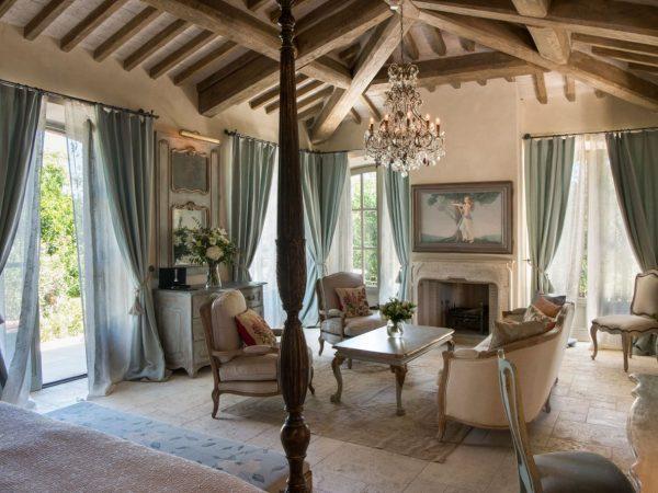 Relais Borgo Santo Pietro Dea Feronia Garden Suite