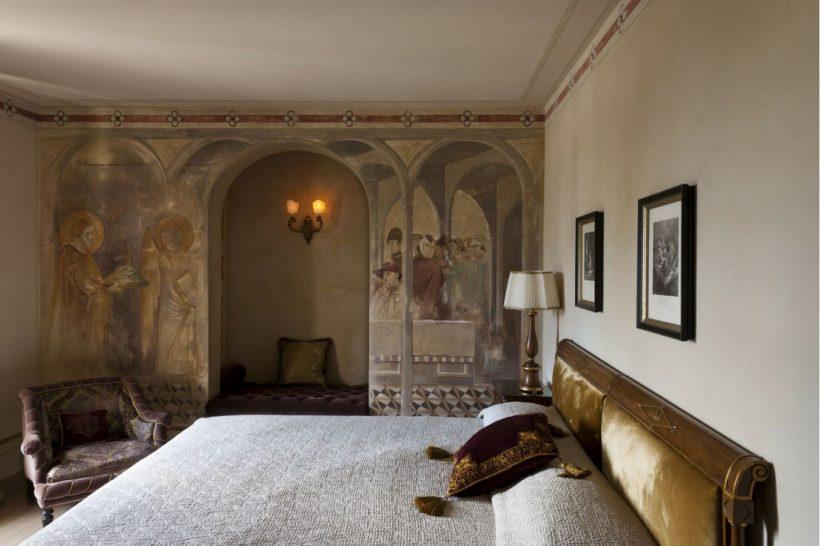 Relais Borgo Santo Pietro San Galgano Deluxe Room