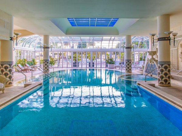 Rome Cavalieri, A Waldorf Astoria Resort Pool