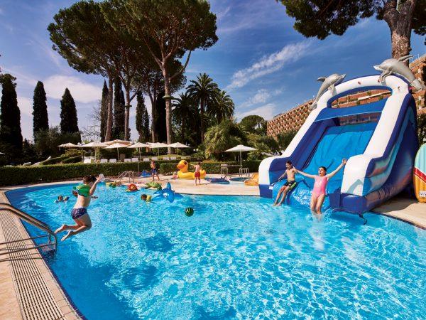 Rome Cavalieri, A Waldorf Astoria Resort Pool View