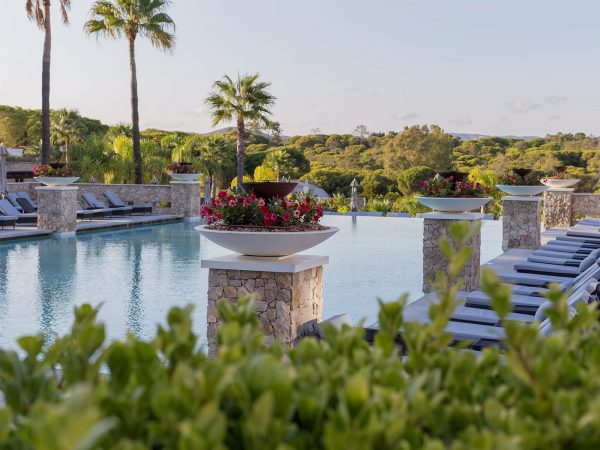 Conrad Algarve Sereno Pool Bar