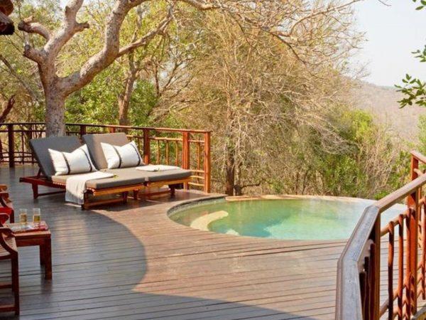 Thanda Safari Pool
