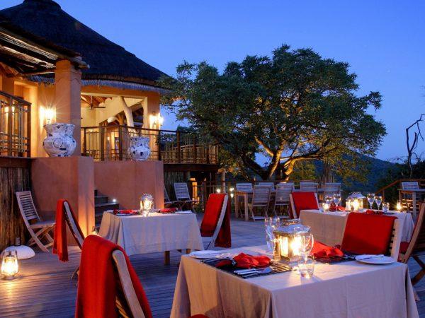 Thanda Safari Private Dining in the Bush