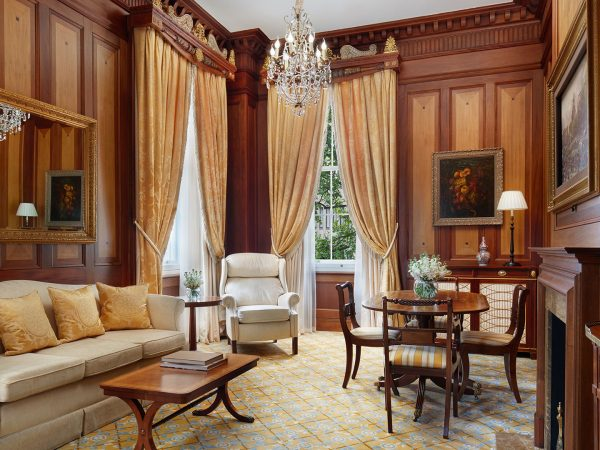The Lanesborough Buckingham Suite