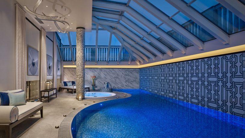 The Ritz Carlton Budapest Pool