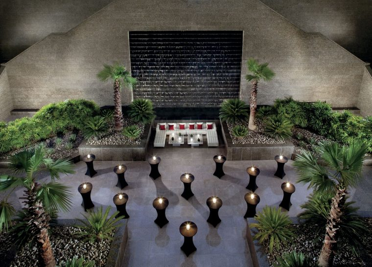 The Ritz Carlton Dubai International Financial Centre Sunken Garden