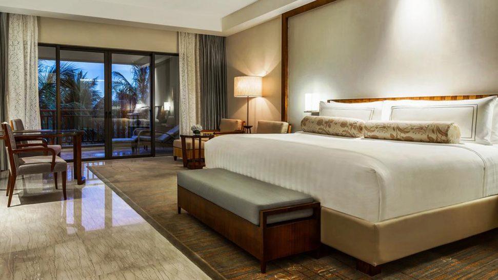 The Ritz Carlton Sanya Lagoon Room