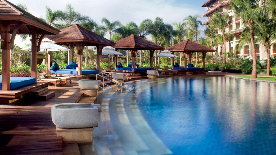 The Ritz Carlton Sanya Pool