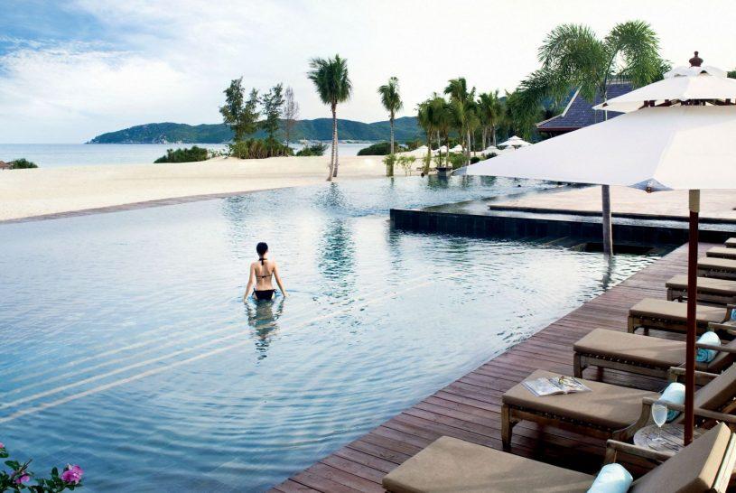 The Ritz Carlton Sanya Yalong Bay Pool