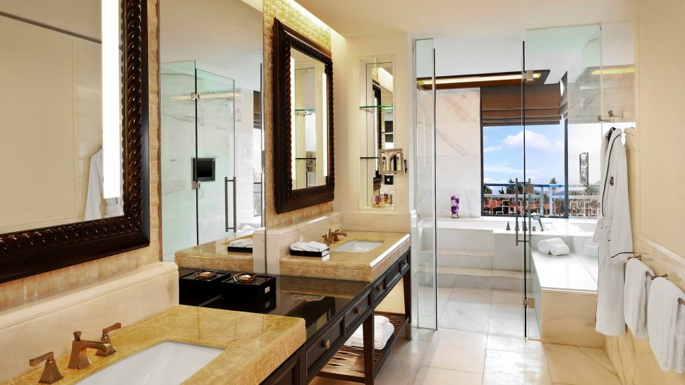The St. Regis Sanya Yalong Bay Resort Lagoon Room Guest room, 2 Queen, Lagoon view, Pool access, Balcony