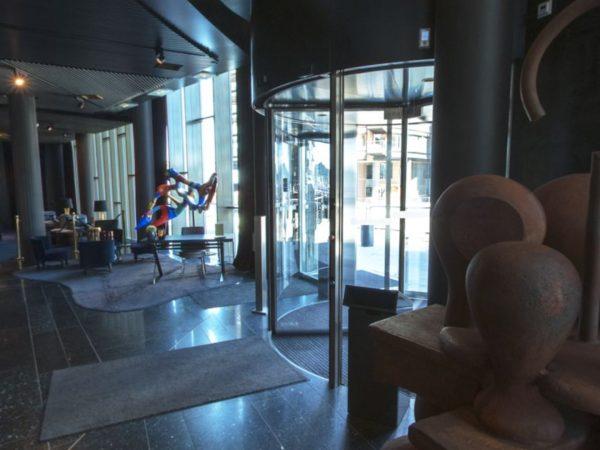 The-Theif-Bar-Lobby
