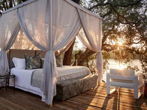 Victoria Falls River Lodge Starbed Treehouse