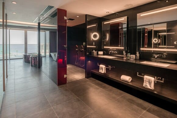 W The Palm Dubai Wow Suite Bathroom
