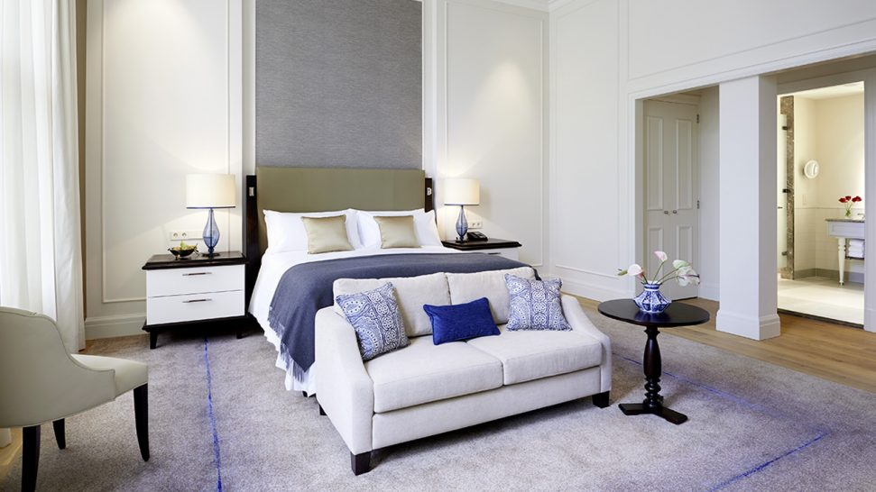 Waldorf Astoria Amsterdam Backer Suite