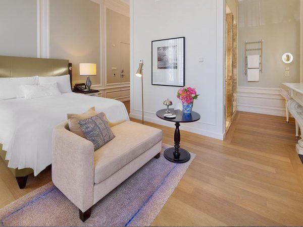 Waldorf Astoria Amsterdam Queen Deluxe Room